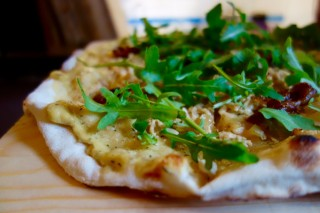 Bildinhalt: Pizza-Lab 2.0 -Pizza essen für einen guten Zweck | vegane Pizza