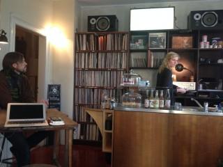 Bildinhalt: S1 Vinyl & Kaffee-  neues Café auf der Georg-Schwarz-Straße | im