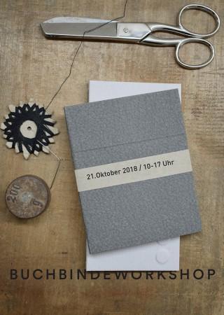 Bildinhalt: Buchbindeworkshop für klebstofffreie Buchbindetechniken | Foto: Anne Deuter