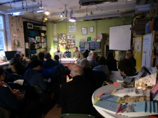 Bildinhalt: westwärts- Lesung zur Buchmesse   Foto: Café kaputt