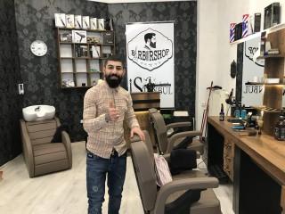 "Der Barbershop ""Istanbul 2"" in der Georg-Schwarz-Straße | Vian Locco im Barbershop"