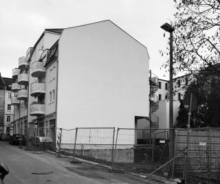 Bildinhalt: In der Holteistraße entsteht weiteres Wohnhaus als Neubau  