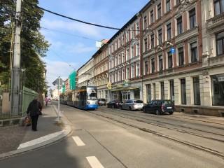 Bildinhalt: Vollsperrung der Georg-Schwarz-Straße | Straße vor der Uhlandschule